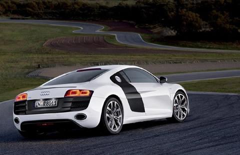 ¿Sois aficionados a los coches de gama alta? R8-1