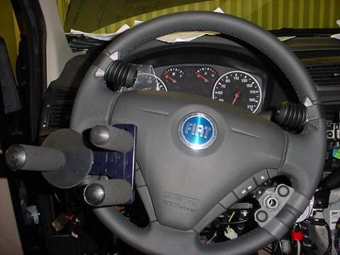 Motor a fondo coches y noticias del mundo del motor for Accesorios minusvalidos