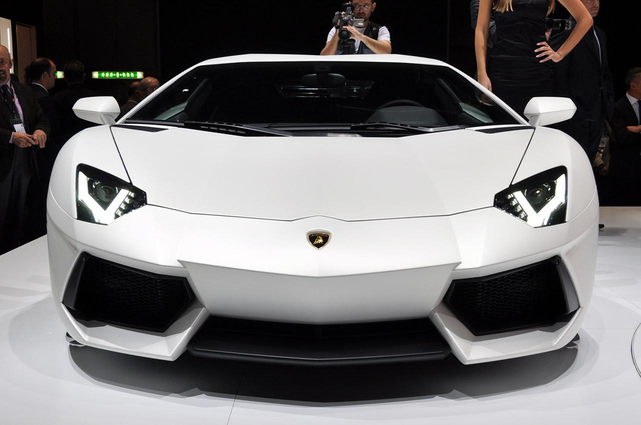 Lamborghini Aventador Lp700 4 En Acci 243 N
