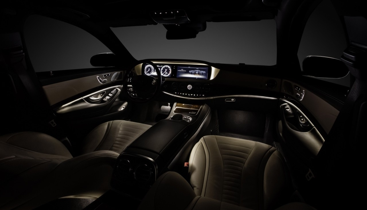Mercedes benz clase s im genes del interior for Interior mercedes clase a