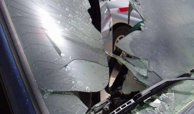 Explosión de un teléfono móvil dentro de la guantera