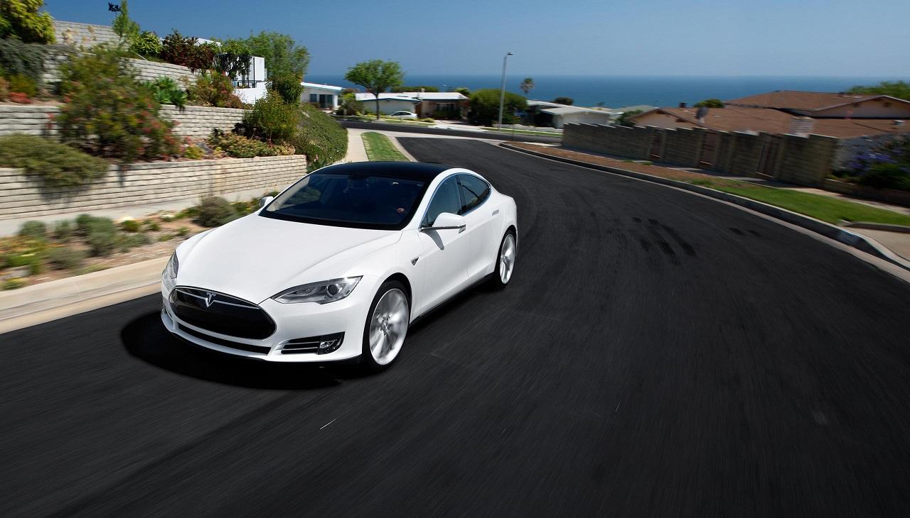 Primer concesionario Tesla en Espa a para 2014