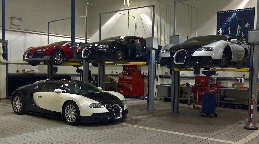 Bugatti Veyron taller