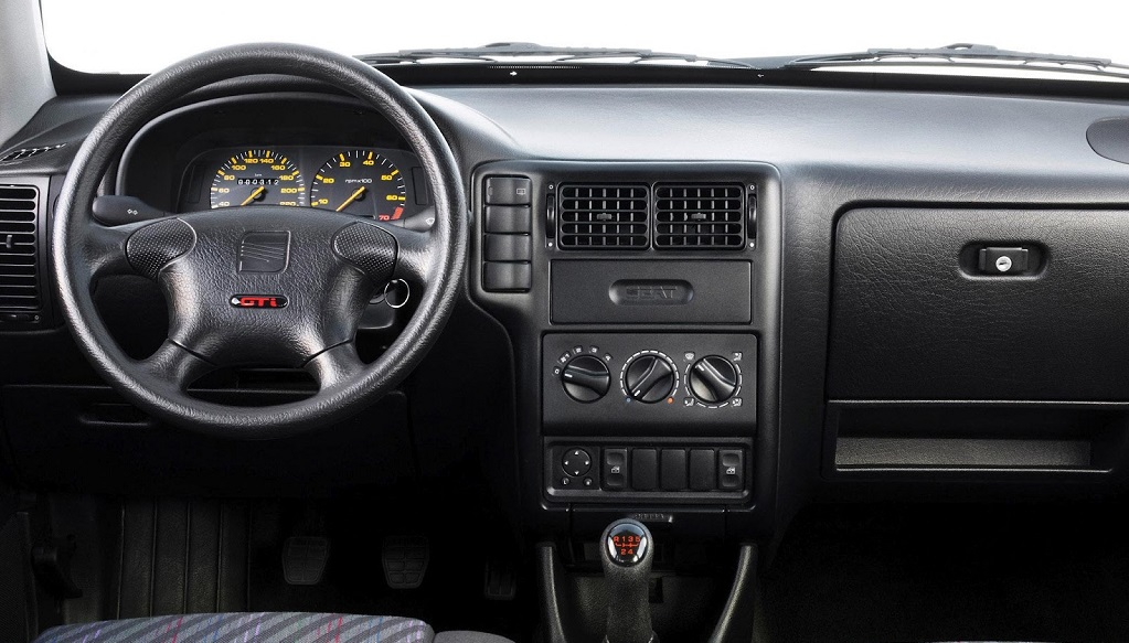 Seat Ibiza segunda generacion interior