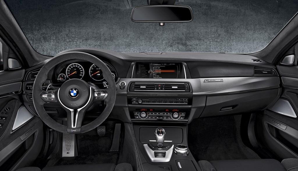 BMW 30 Jahre M5 4