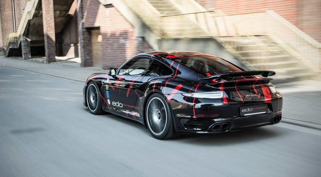 Porsche 911 Turbo S por Edo Competition 13