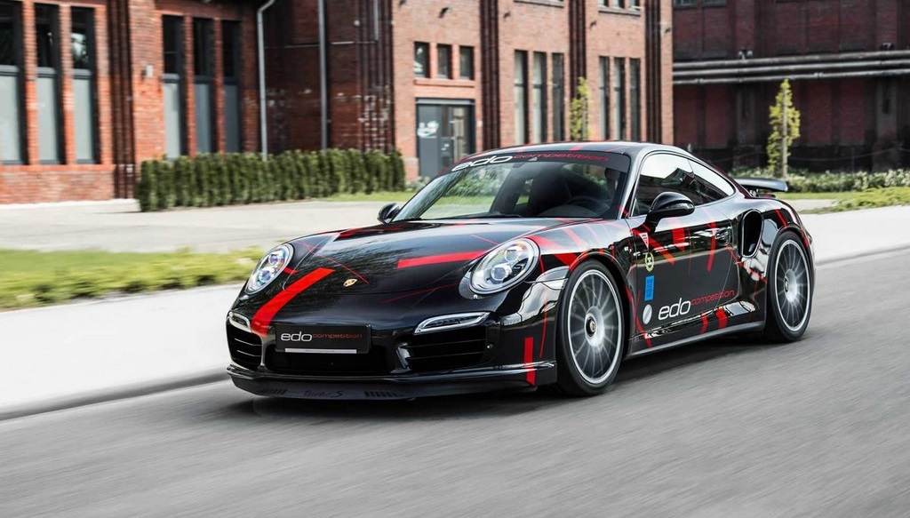 Porsche 911 Turbo S por Edo Competition 15