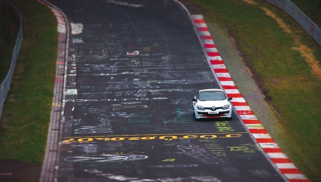 Megane RS Nurburgring 4