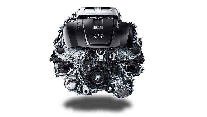 V8 motor Mercedes