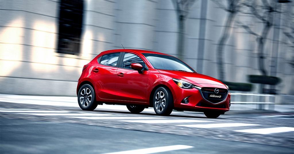 Mazda2 2015 lateral