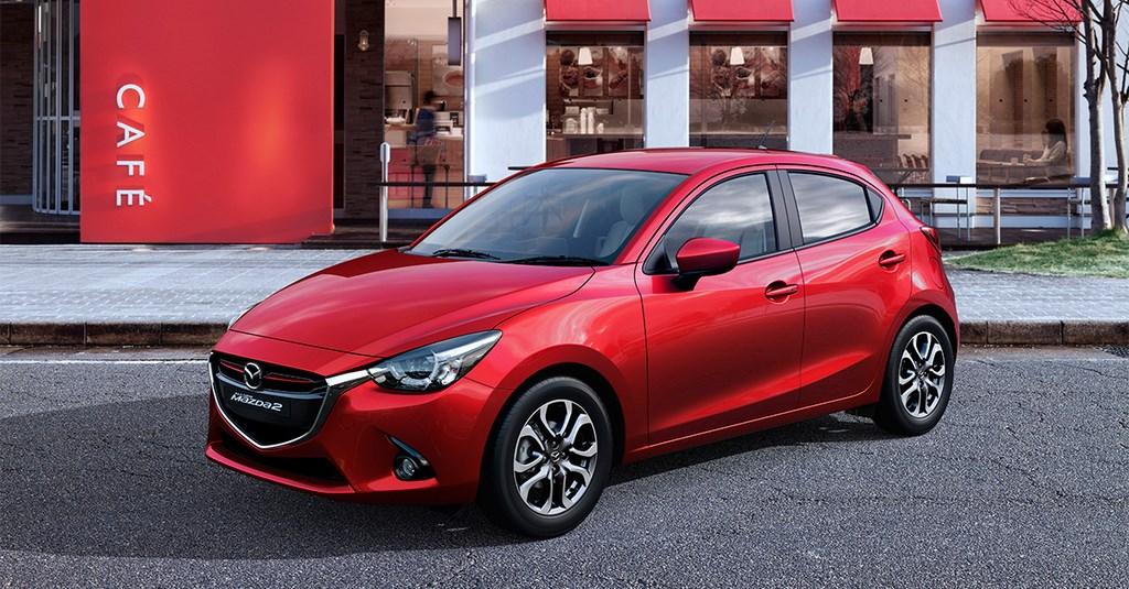 Mazda2 2015 rojo