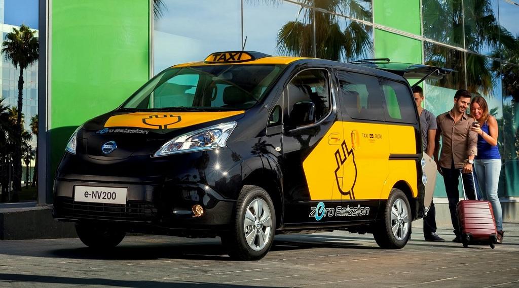 Nissan e-NV200 taxi 2