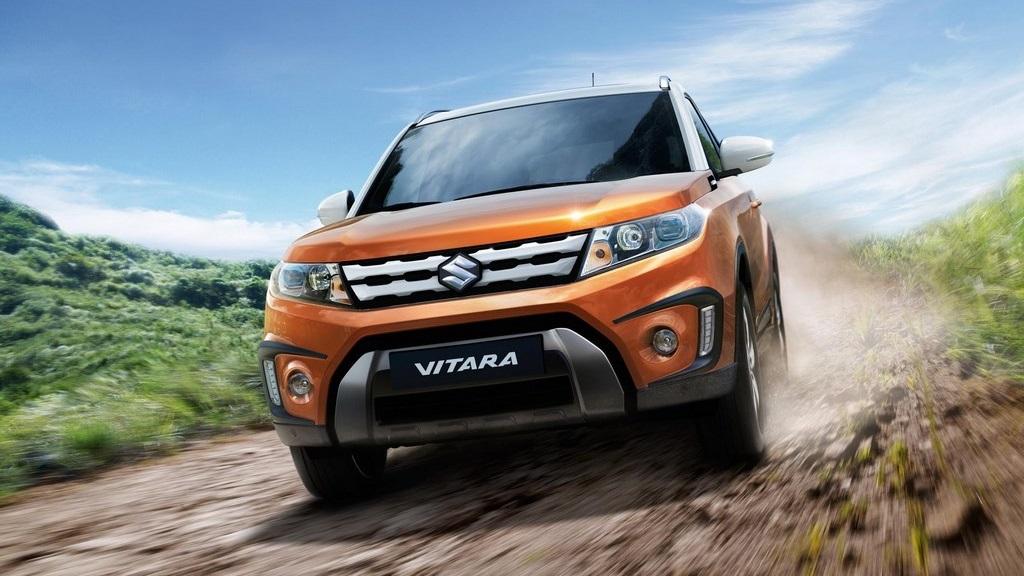 Suzuki Vitara 2015 frontal naranja