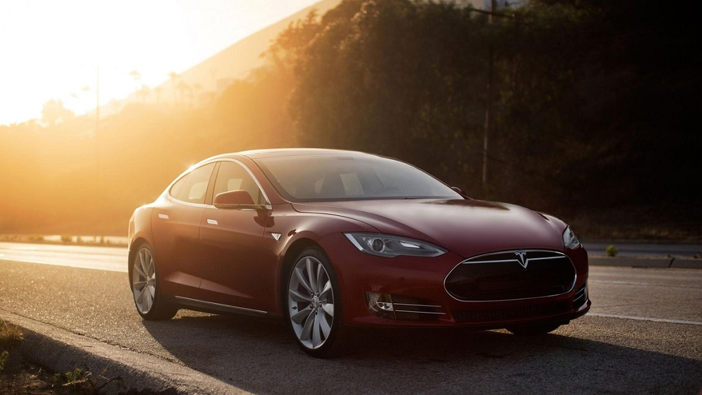 Tesla Model S P85D 2