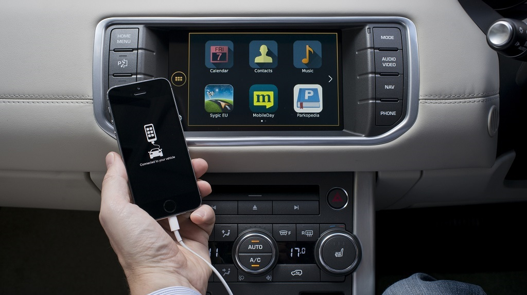 smartphone CarPlay