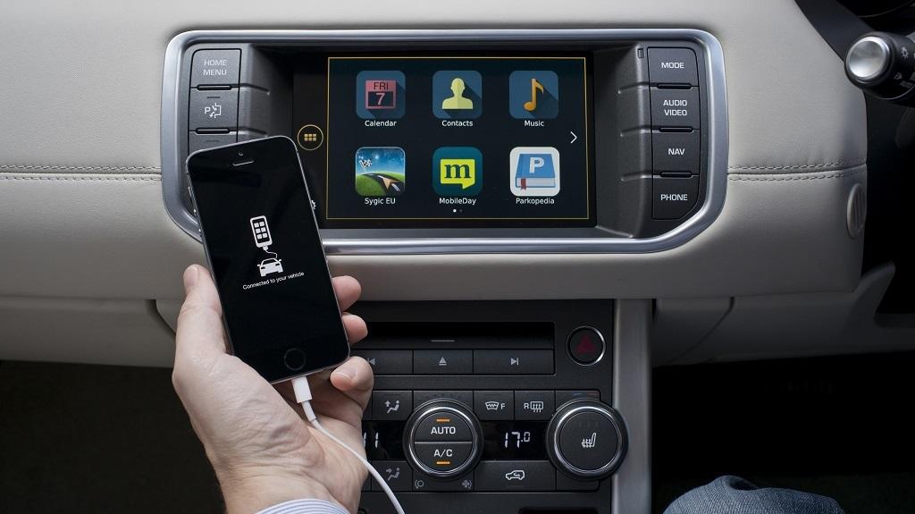smartphone CarPlay