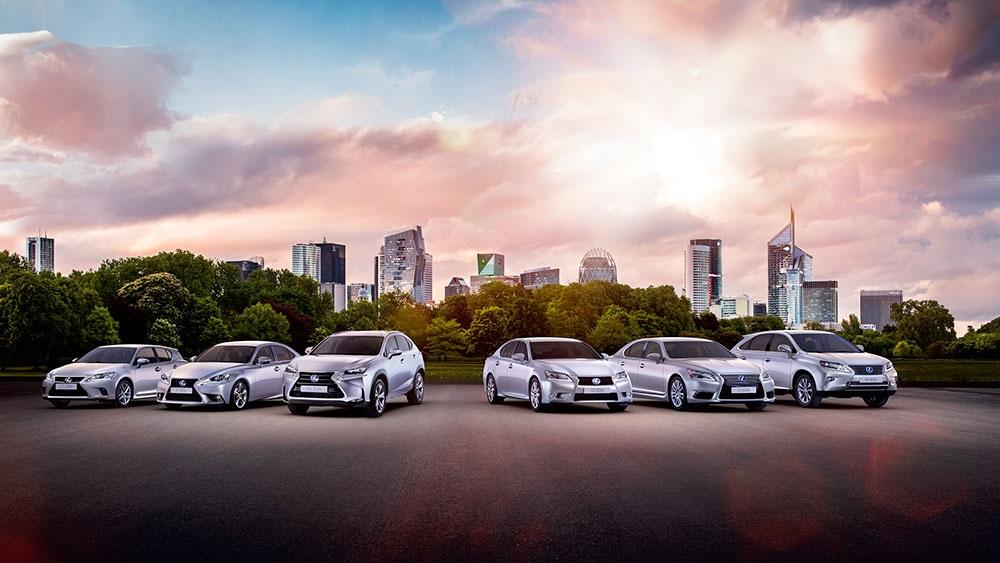 Lexus gama hibrida