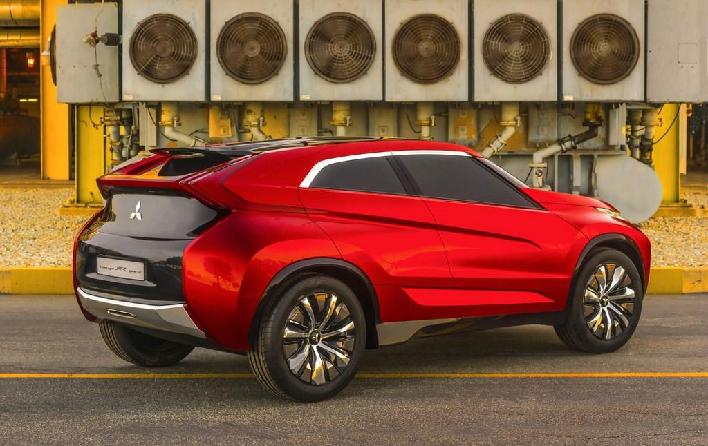 Mitsubishi XR-PHEV Concept 5