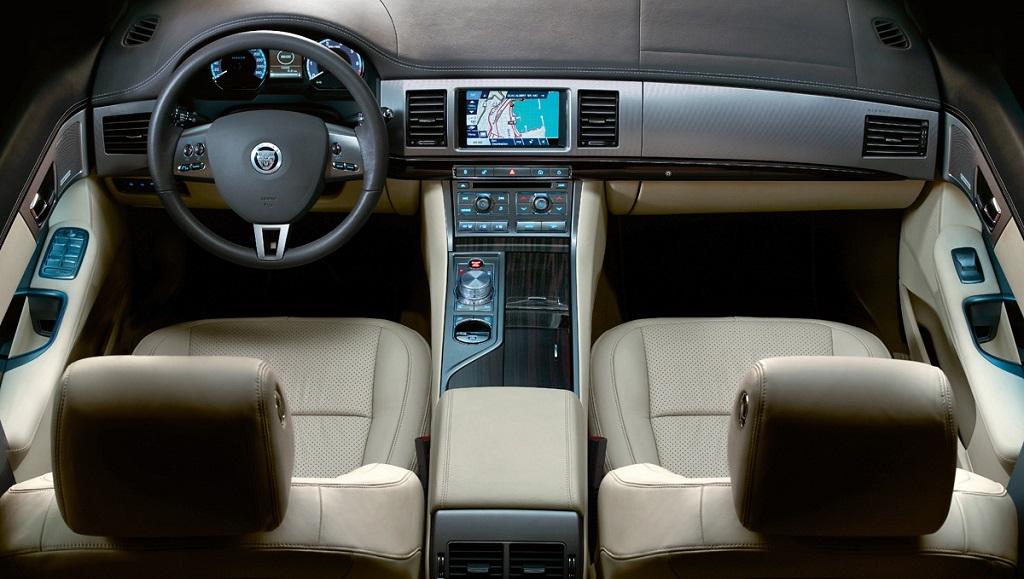 Jaguar XFR 2009 5