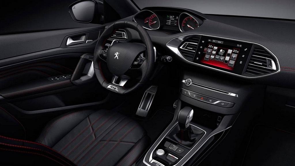 Peugeot 308 GT interior