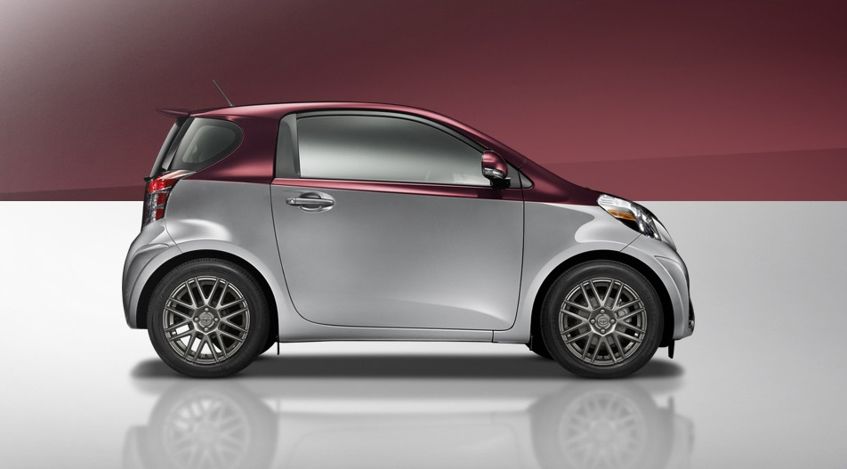Scion iQ 2