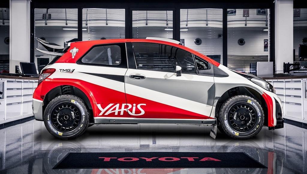Toyota Yaris WRC lateral