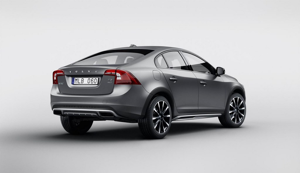 Volvo S60 Cross Country 2