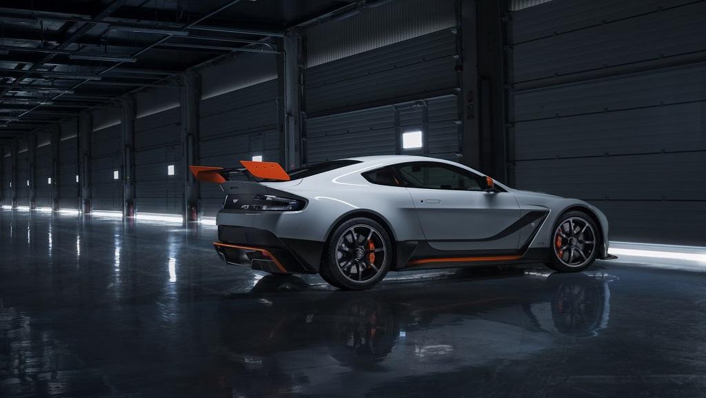 Aston Martin Vantage GT3 16
