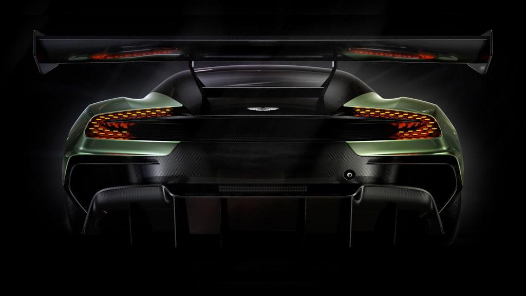 Aston Martin Vulcan 6