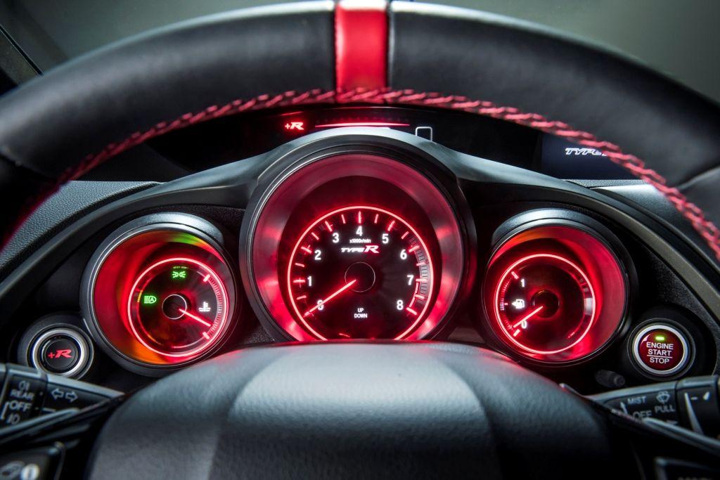 Honda Civic Type R cuadro de instrumentos