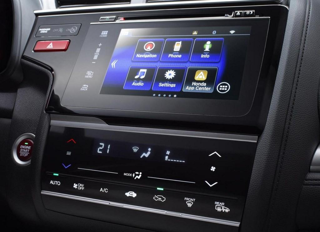 Honda Jazz 2015 consola central