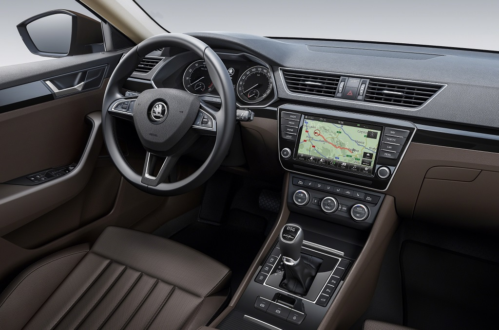 Interior Skoda Superb 2015