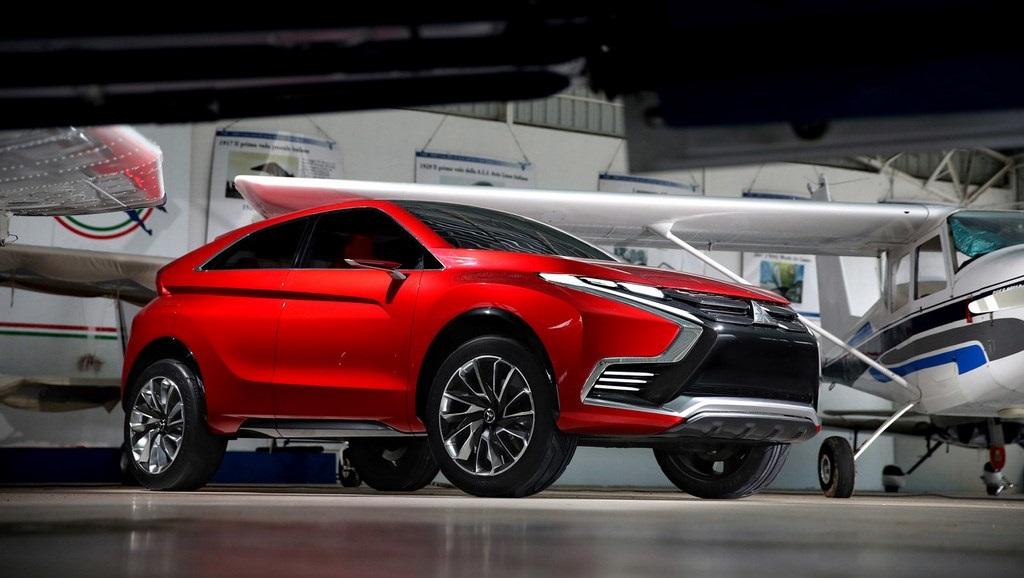 Mitsubishi XR-PHEV II Concept 20