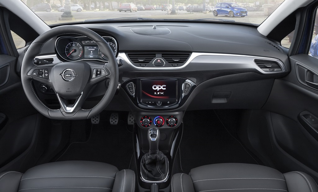 Corsa OPC interior