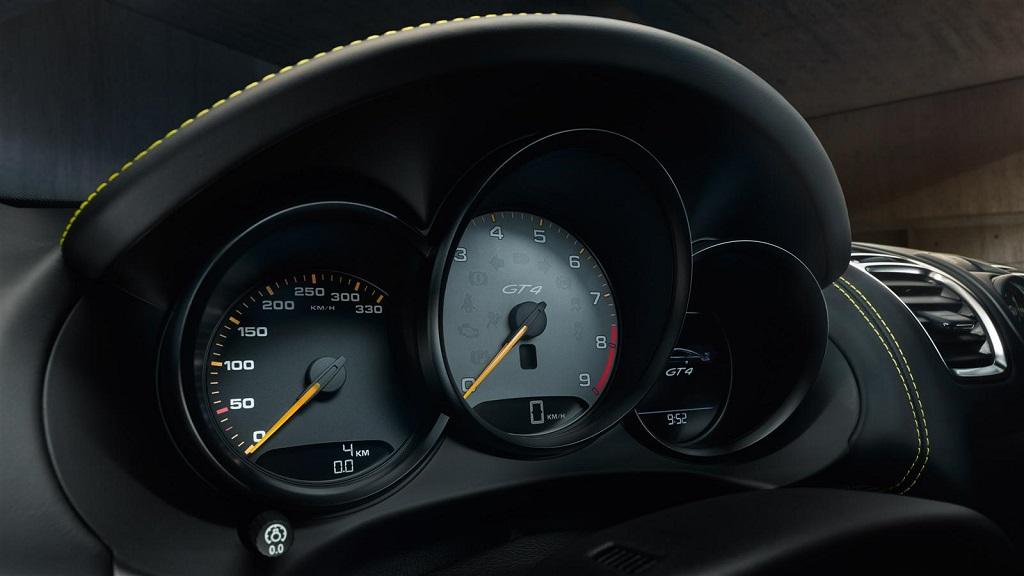 Porsche Cayman GT4 2015 cuadro de instrumentos