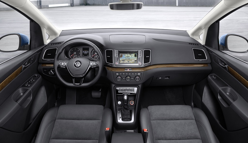 Volkswagen Sharan 2015 interior 2