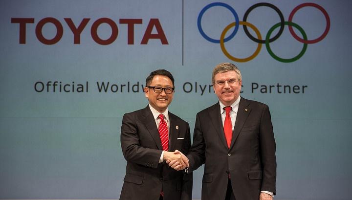 Akio Toyoda y Thomas Bach