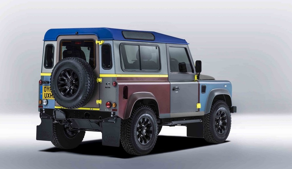Land Rover Defender Paul Smith 2