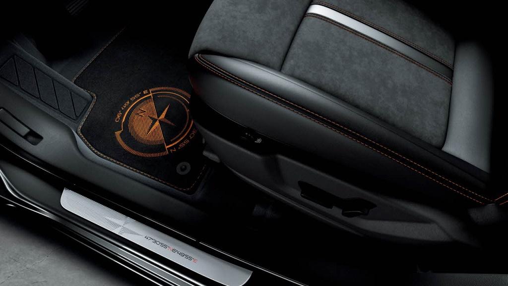 Peugeot 3008 Crossway interior