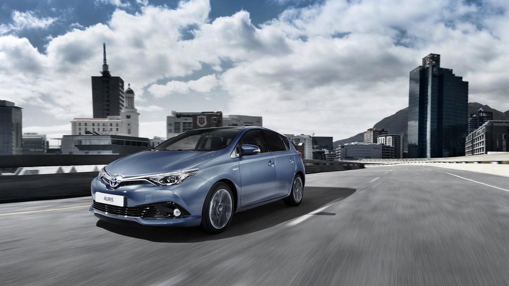 Toyota Auris 2015 10