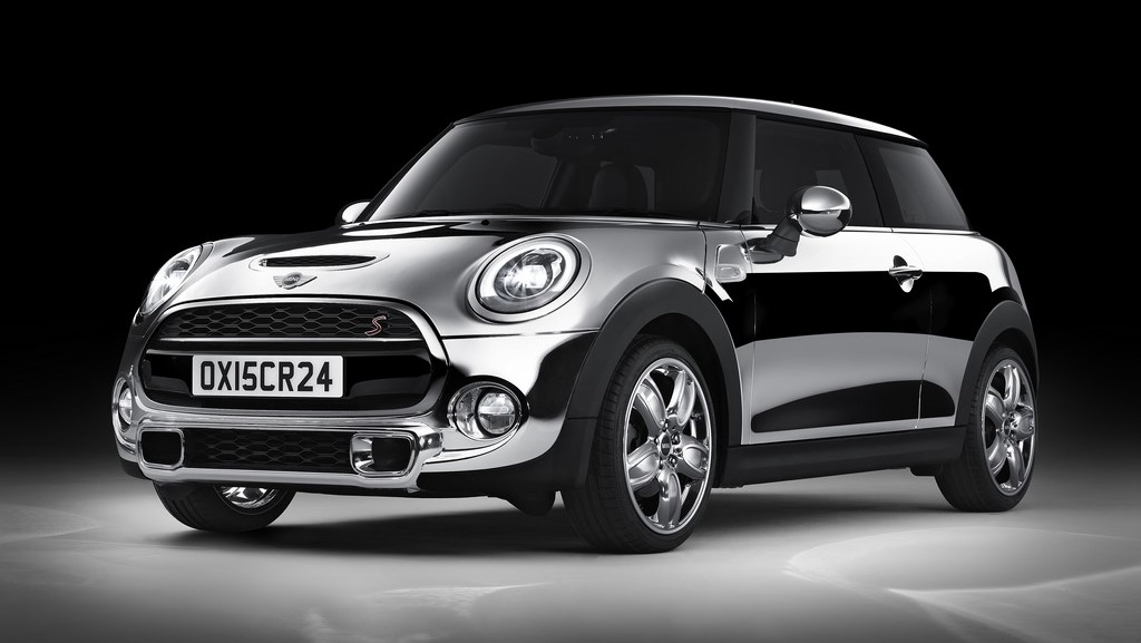 MINI con Chrome Line Exterior Deluxe