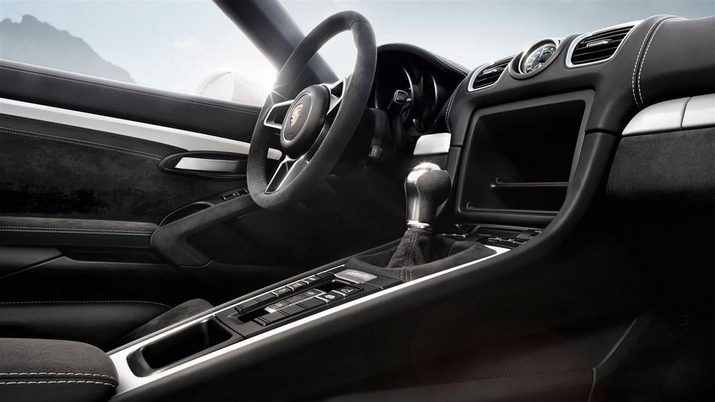 Porsche Boxster Spyder 2015 tunel central