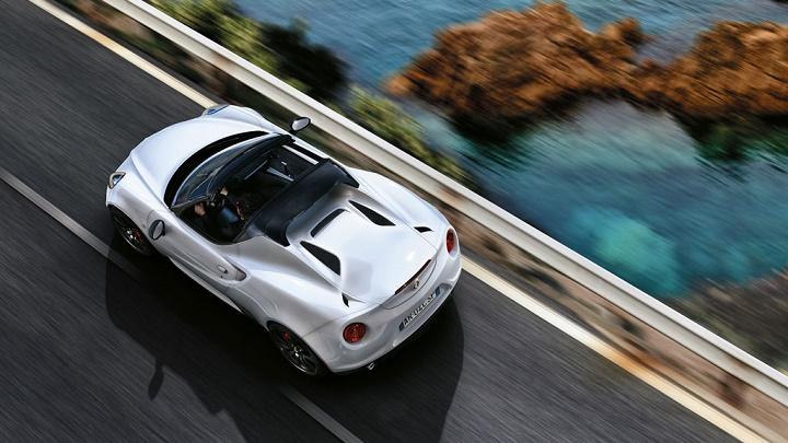 Alfa Romeo 4C Spider blanco
