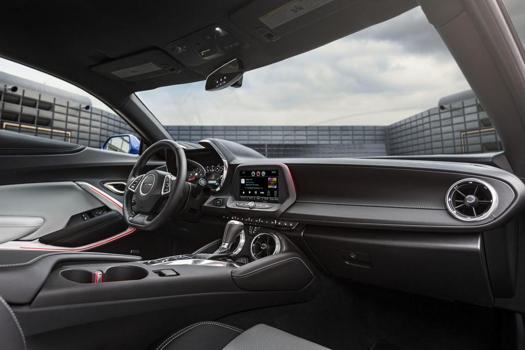 Chevrolet Camaro 2016 interior