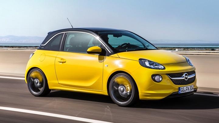 Opel Adam amarillo