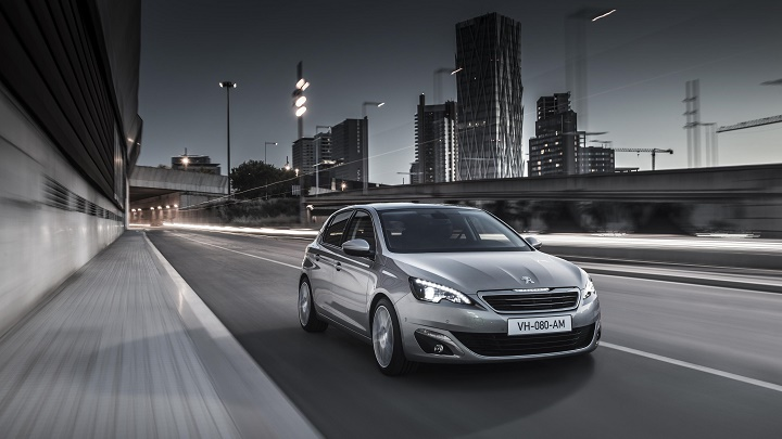 Peugeot 308 frontal