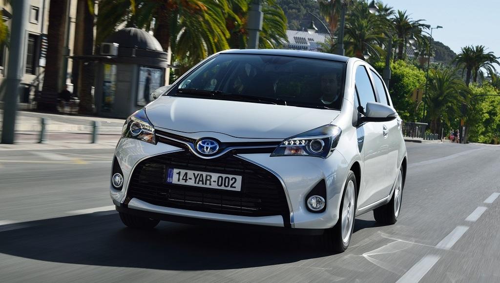 Toyota Yaris hybrid frontal