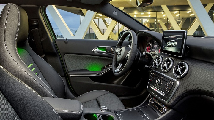 Mercedes-Benz Clase A 2016 interior