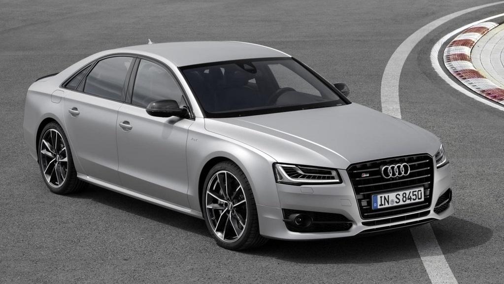 Audi S8 plus 19