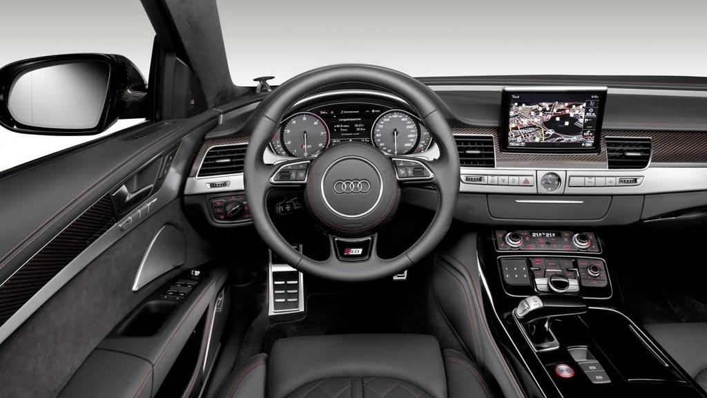 Audi S8 plus 7